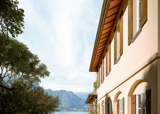 Family Home - Como Lake